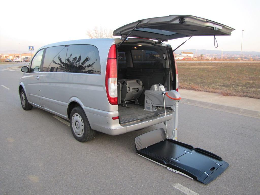 Adaptaci n de veh culos l plataforma acceso silla de ruedas for Plataforma para silla de ruedas
