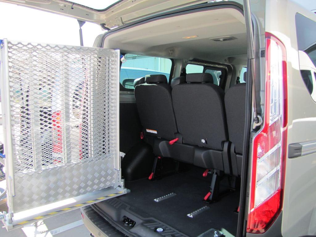 Rampas para acceder al coche en silla de ruedas for Sillas para vehiculos