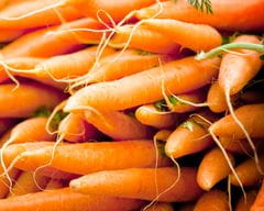 Washing of carrots.