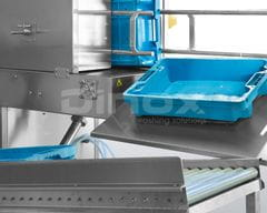 Return ramp for clean trays. - opcional-