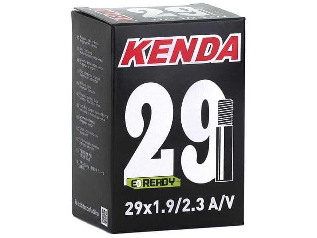 Cámara Kenda 29x1.9/2.3 Válvula Schrader 28 mm.
