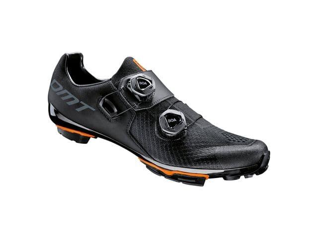 Zapatillas DMT Modelo MH1 Negro - XC / MARATÓN