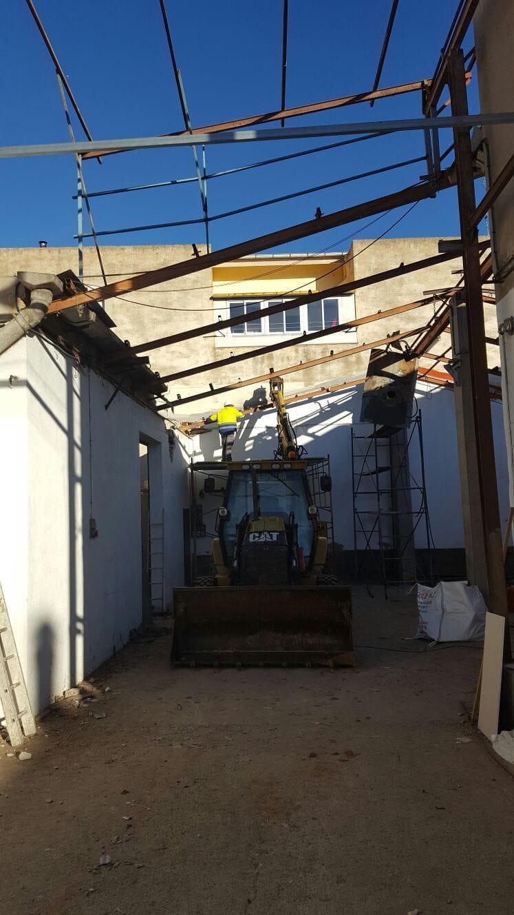 Construcci n de nueva vivienda unifamiliar en santa pau for Nueva construccion