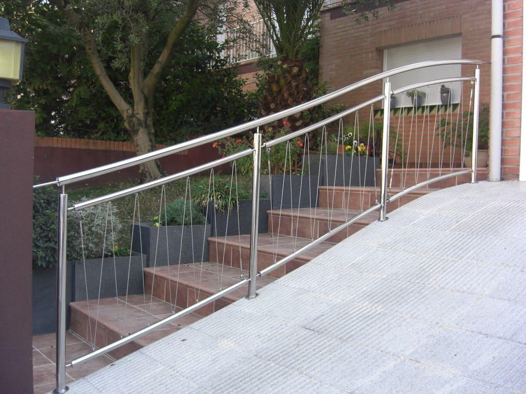 Puentes escaleras y barandillas tallers girona - Escaleras y barandillas ...
