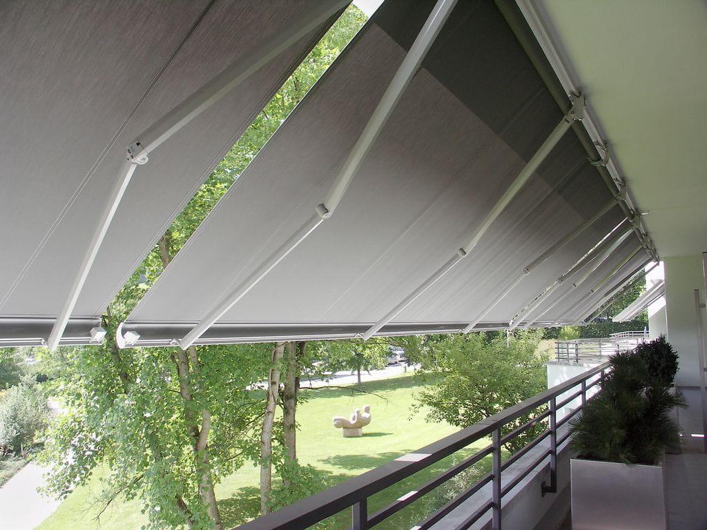 Brazos articulados toldos protecsol for Poleas dobles para toldos