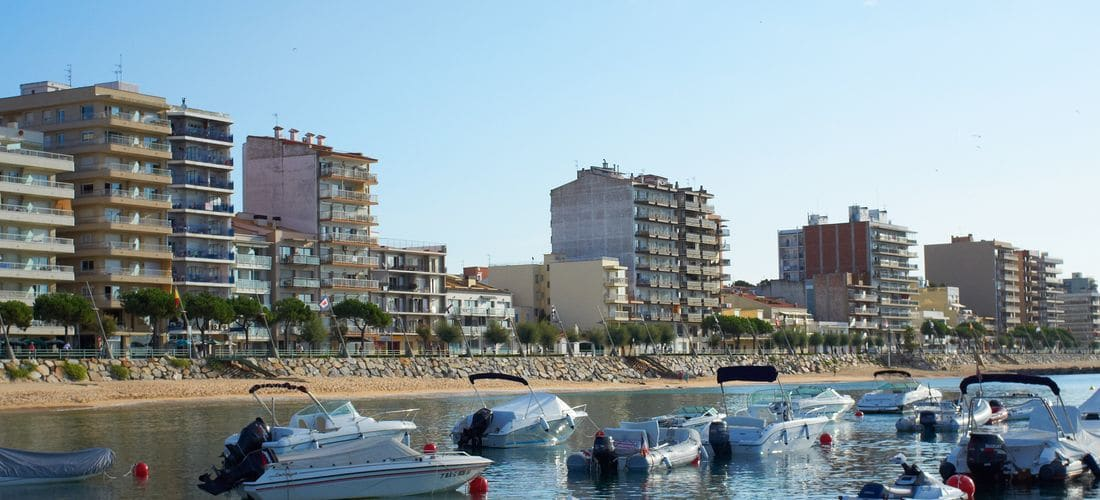 Disposem de cases, apartaments i pisos de lloguer turístic<br /> i de temporada a la Costa Brava.