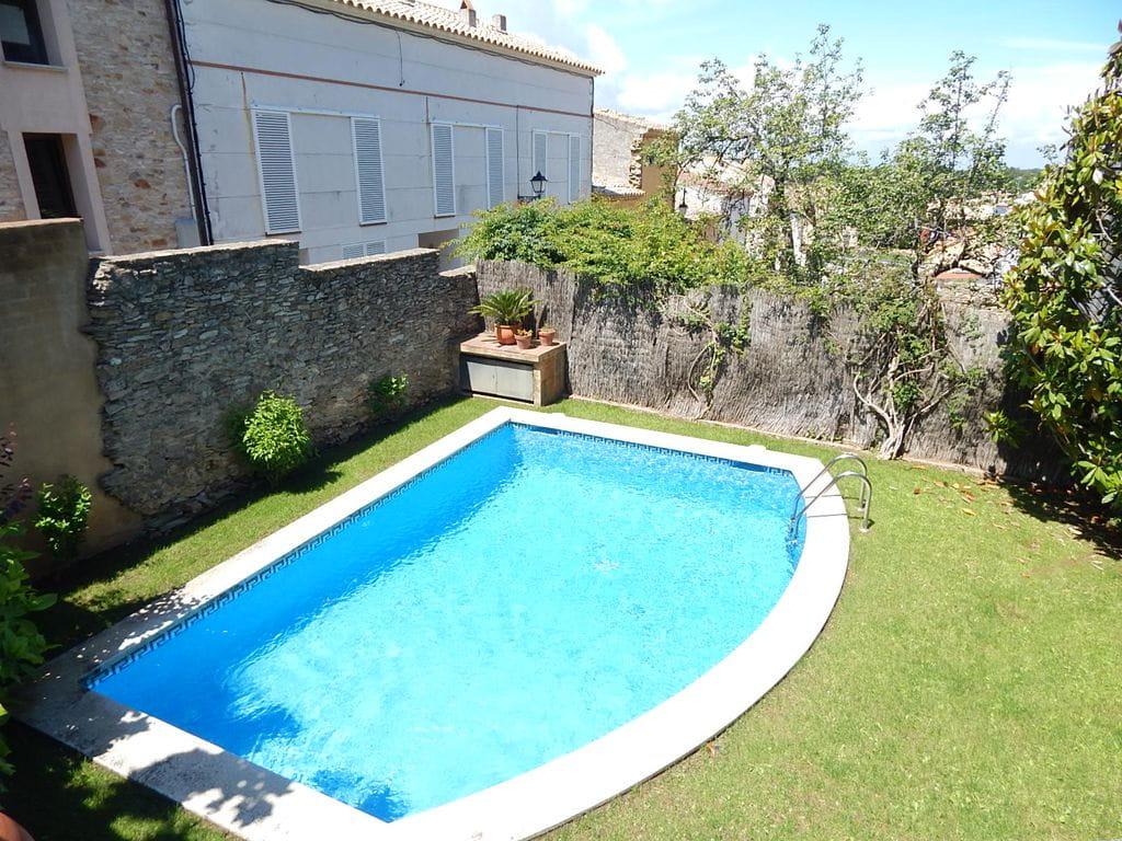 Casa unifamiliar con piscina privada begur costa brava for Piscinas costa brava