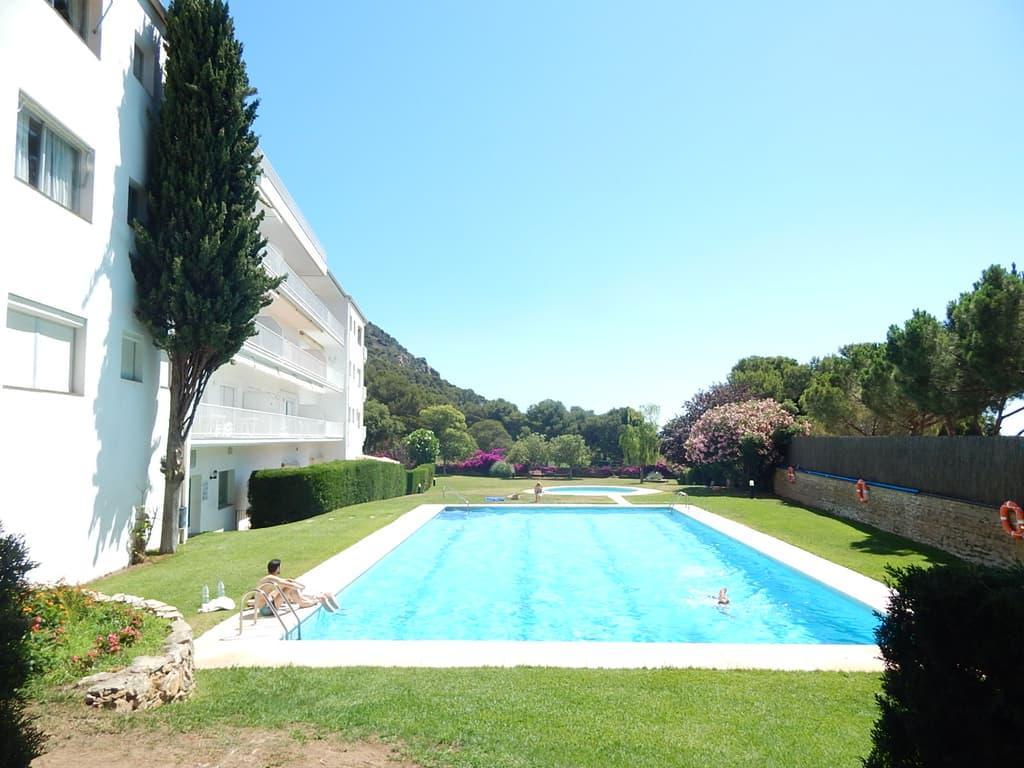 1083 begur apartamento con piscina y jard n - Jardin y piscina ...