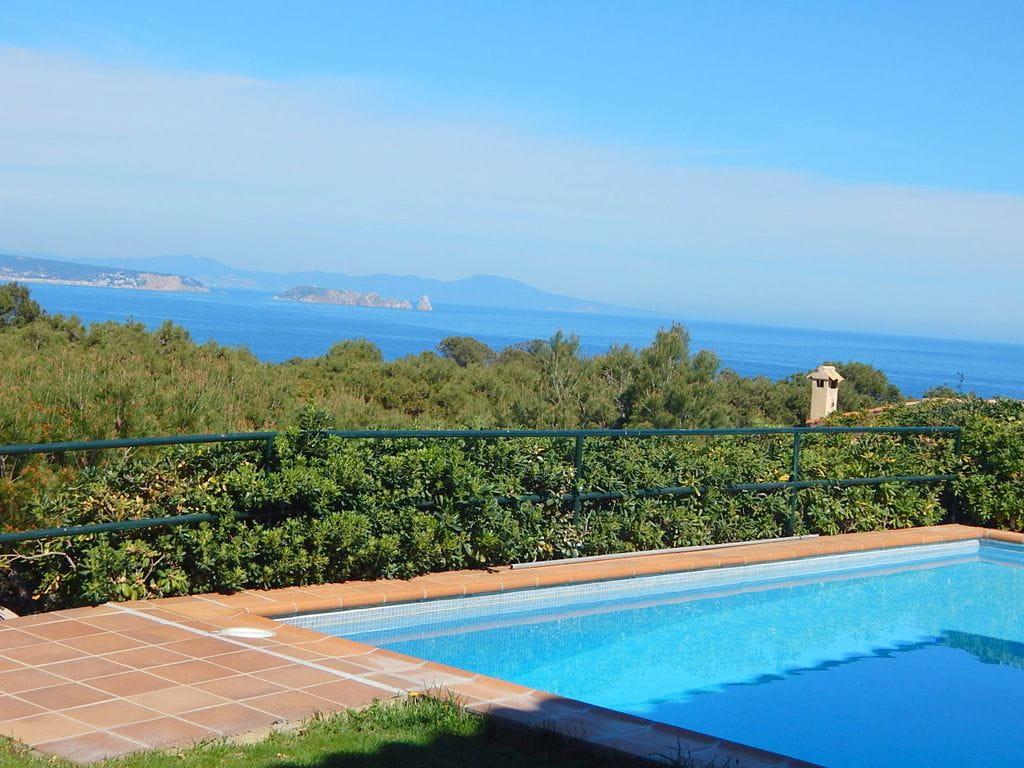 2294 begur casa unifamiliar muy privada con for Casa vacacional con piscina privada
