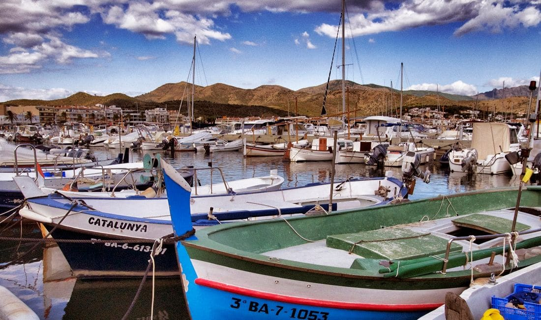 Discover the different arts of fishing that were practised in Cap de Creus and visit the fish market.