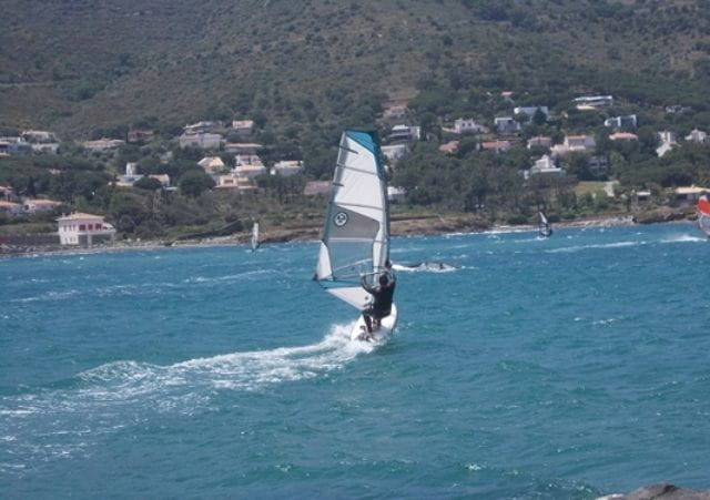 windsurfing in Llançà